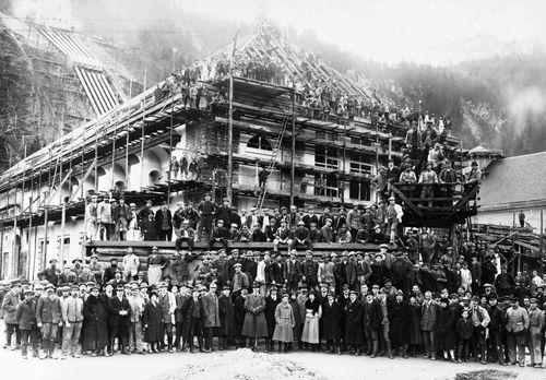 Das Richtfest der Betriebsanlagen des Walchenseekraftwerks 1924