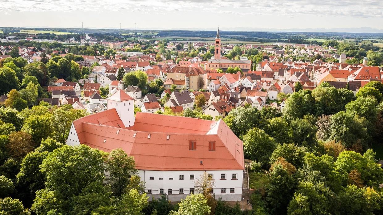 Das Friedberger Schloss mit Umland. © Stefan Heinrich Kleeblatt-Medien